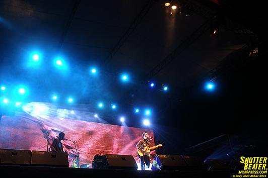 Efek Rumah Kaca at Magnum Concert - 15