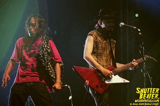 KOMUNAL at Indie Movementfest 2012-22