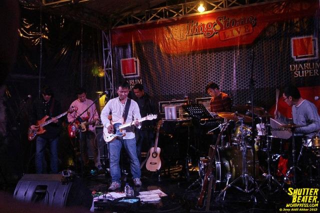 Efek Rumah Kaca at Rolling Stone Cafe-62