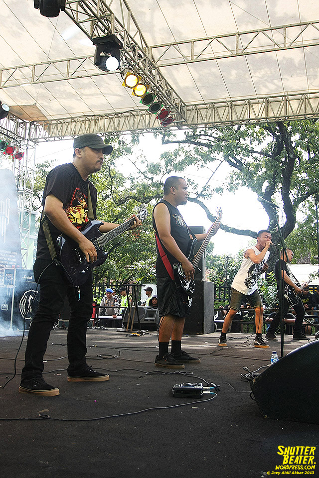 AUMAN at Bandung Berisik 2013-15