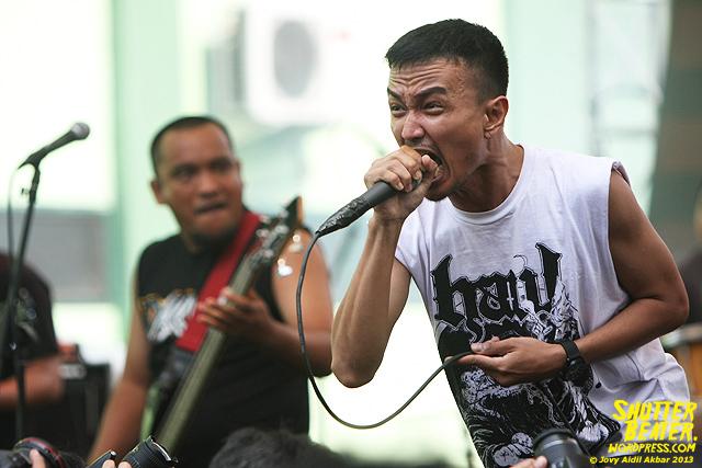 AUMAN at Bandung Berisik 2013-20