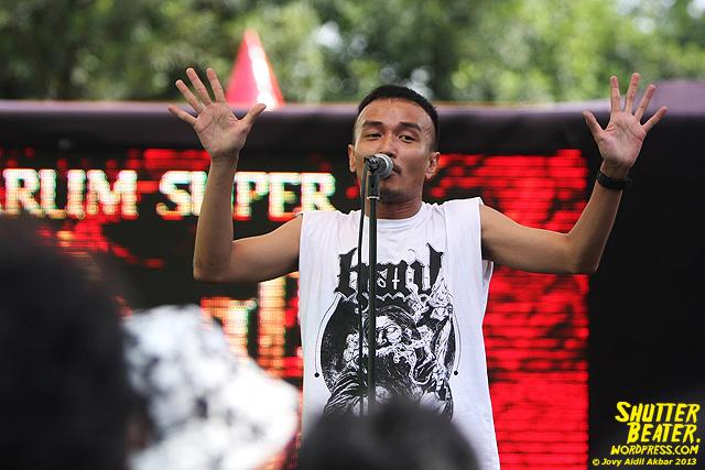 AUMAN at Bandung Berisik 2013-22
