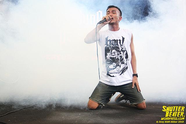 AUMAN at Bandung Berisik 2013-23