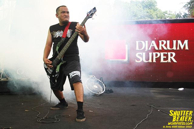 AUMAN at Bandung Berisik 2013-28