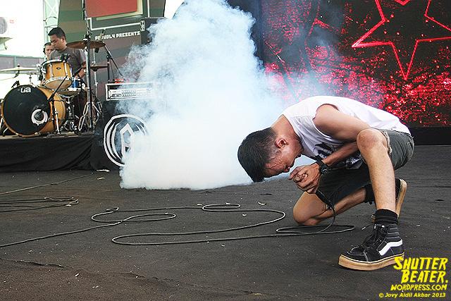 AUMAN at Bandung Berisik 2013-33