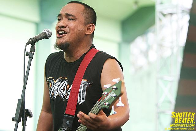 AUMAN at Bandung Berisik 2013-36