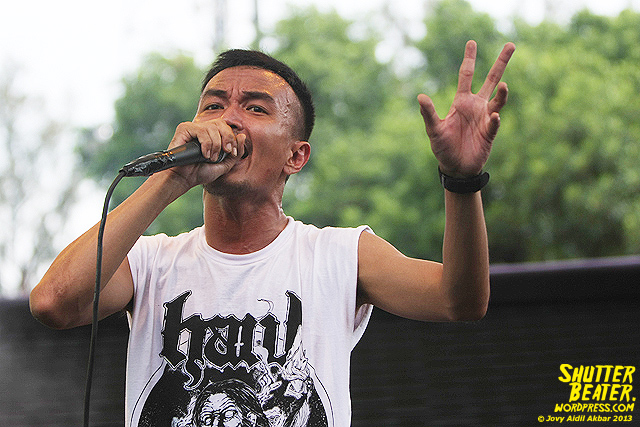 AUMAN at Bandung Berisik 2013-37