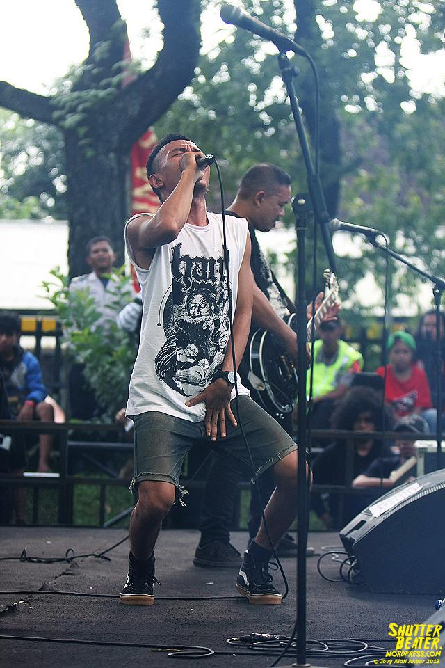 AUMAN at Bandung Berisik 2013-42