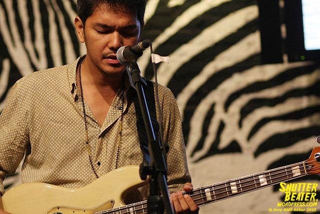 Dialog Dini Hari live at TREMENDEOUS-2