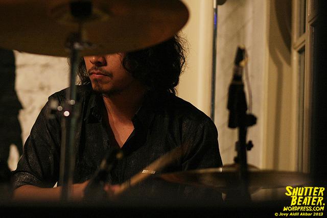 Dialog Dini Hari live at TREMENDEOUS-20