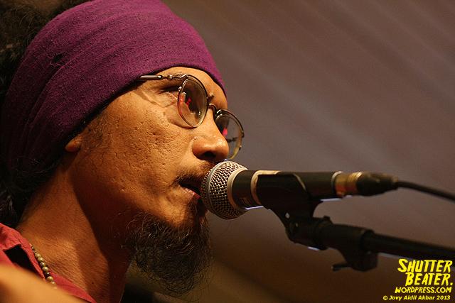 Dialog Dini Hari live at TREMENDEOUS-26