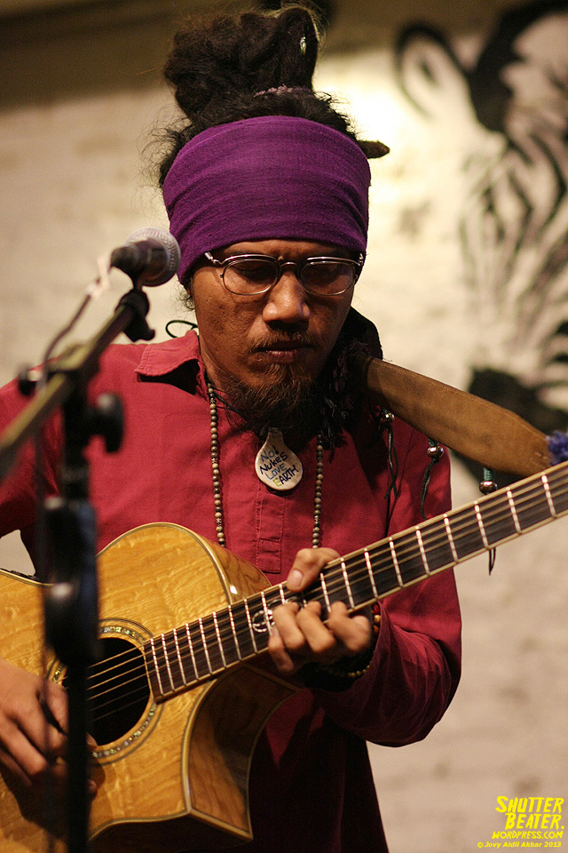 Dialog Dini Hari live at TREMENDEOUS-32