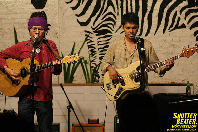 Dialog Dini Hari live at TREMENDEOUS-41