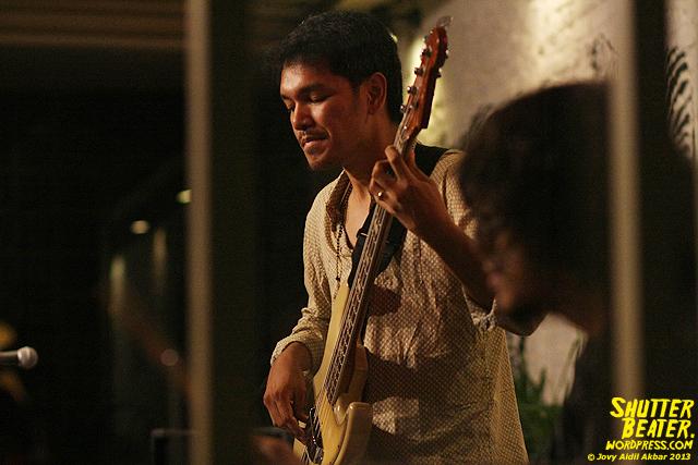 Dialog Dini Hari live at TREMENDEOUS-45