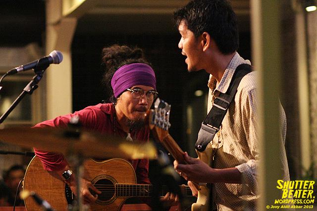 Dialog Dini Hari live at TREMENDEOUS-48