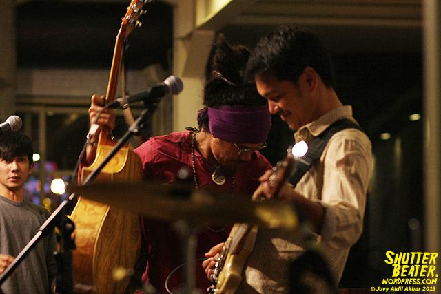 Dialog Dini Hari live at TREMENDEOUS-49