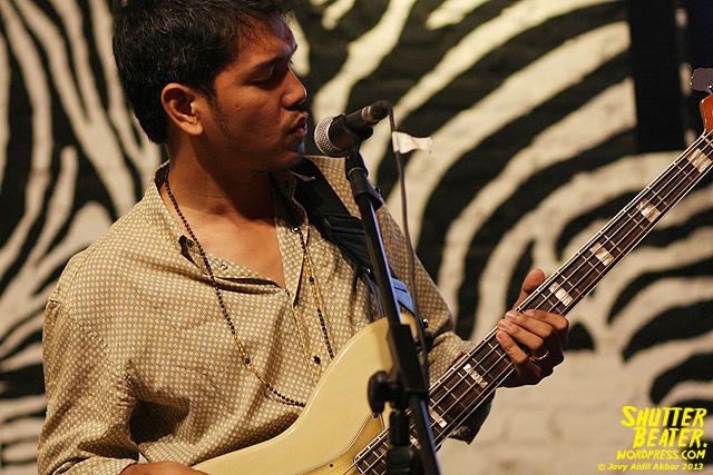 Dialog Dini Hari live at TREMENDEOUS-7
