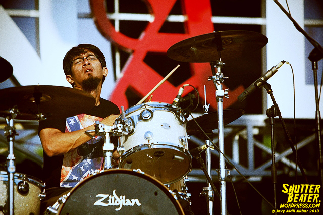 KOMUNAL at Road to Soundrenaline 2013-14