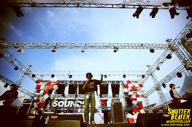 KOMUNAL at Road to Soundrenaline 2013-44