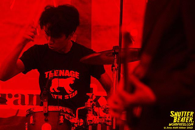 Mooner live at ALIMERTAWISESA - 10