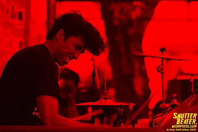 Mooner live at ALIMERTAWISESA - 15