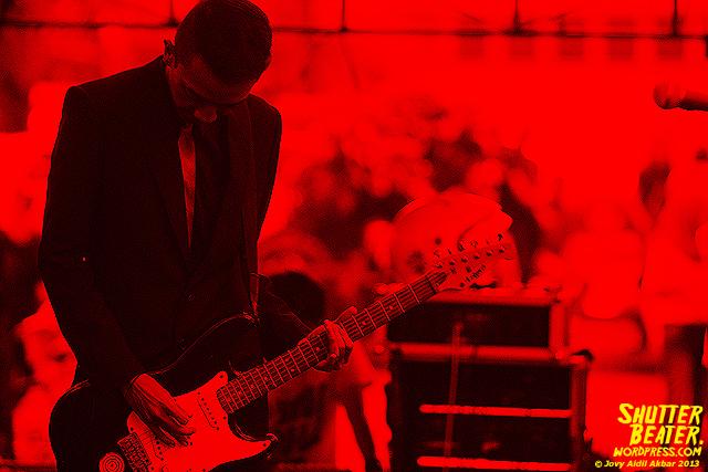 Mooner live at ALIMERTAWISESA - 3