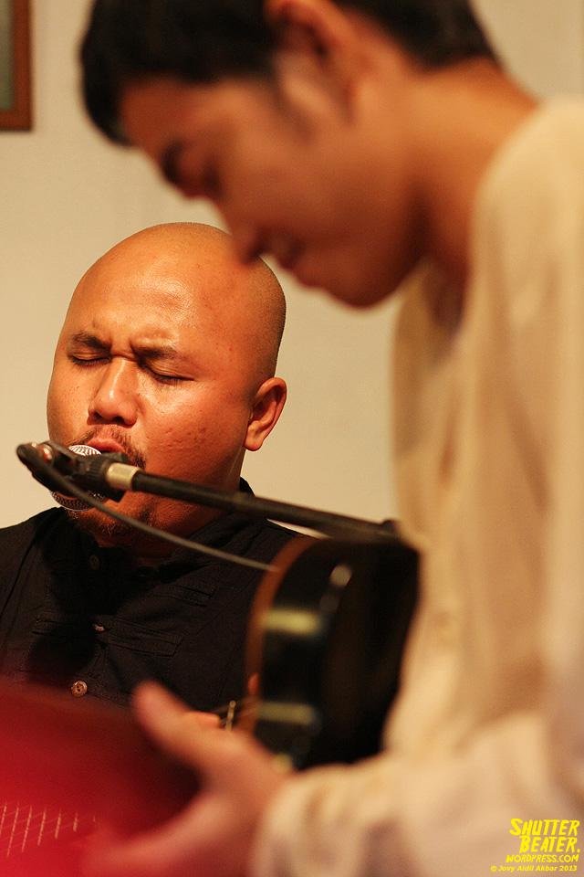 Nadafiksi live at Rukustik #5:Perayaan 10 Tahun Kineruku-13