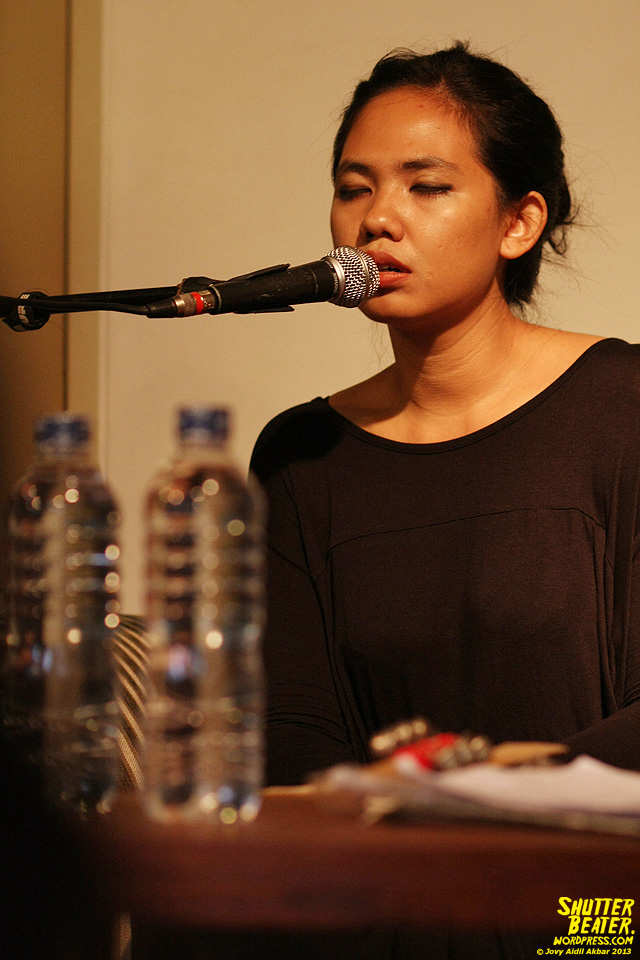 Nadafiksi live at Rukustik #5:Perayaan 10 Tahun Kineruku-17