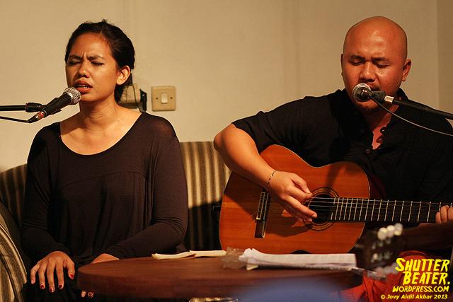 Nadafiksi live at Rukustik #5:Perayaan 10 Tahun Kineruku-22