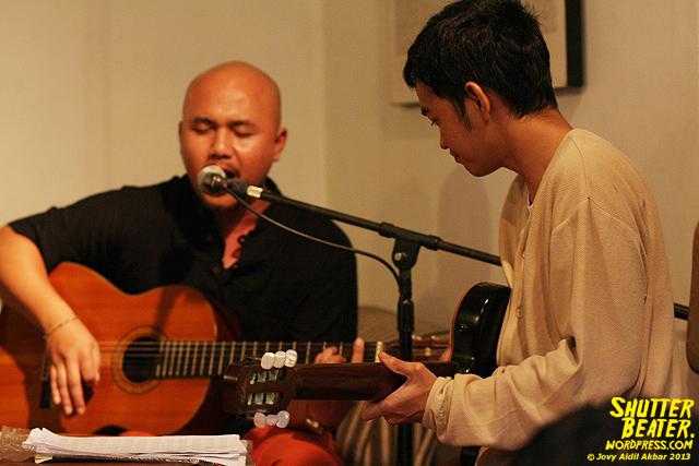 Nadafiksi live at Rukustik #5:Perayaan 10 Tahun Kineruku-23