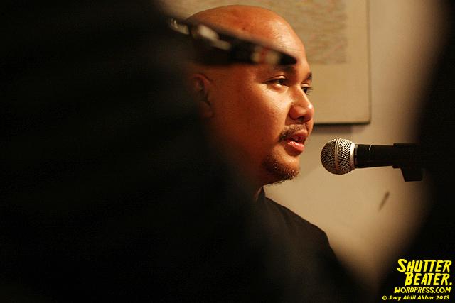 Nadafiksi live at Rukustik #5:Perayaan 10 Tahun Kineruku-27