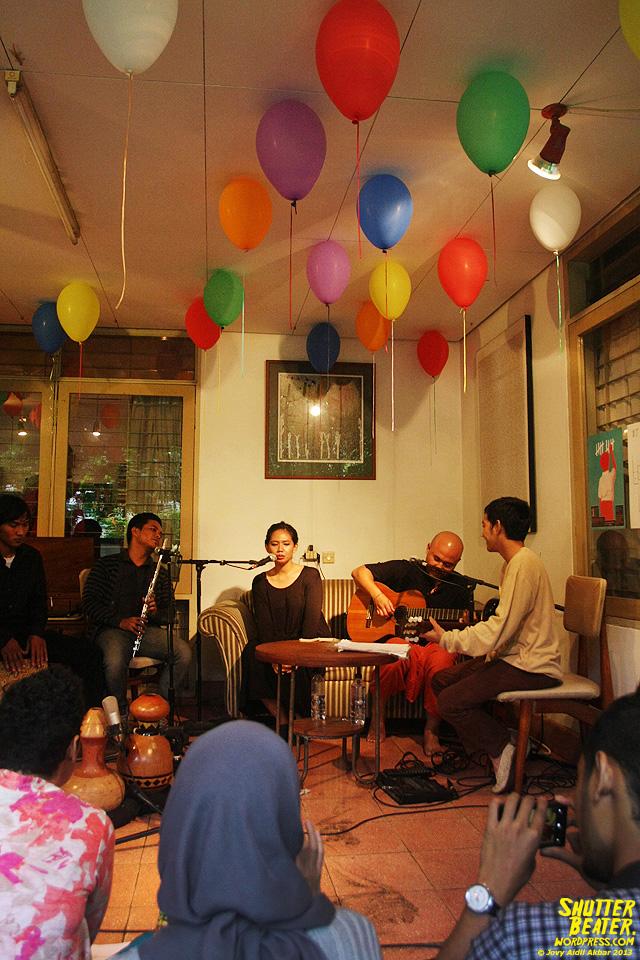 Nadafiksi live at Rukustik #5:Perayaan 10 Tahun Kineruku-32