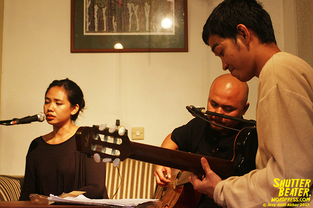 Nadafiksi live at Rukustik #5:Perayaan 10 Tahun Kineruku-8