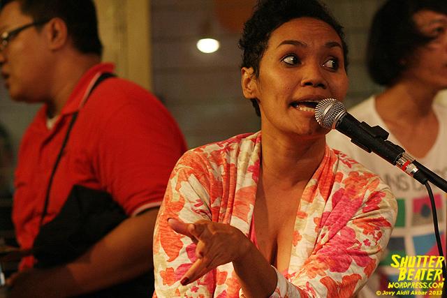 Pandai Besi live at Rukustik #5:Perayaan 10 Tahun Kineruku-1