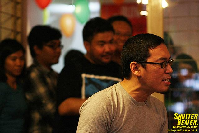 Pandai Besi live at Rukustik #5:Perayaan 10 Tahun Kineruku-12