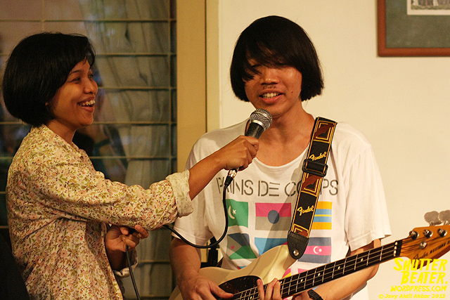 Pandai Besi live at Rukustik #5:Perayaan 10 Tahun Kineruku-19