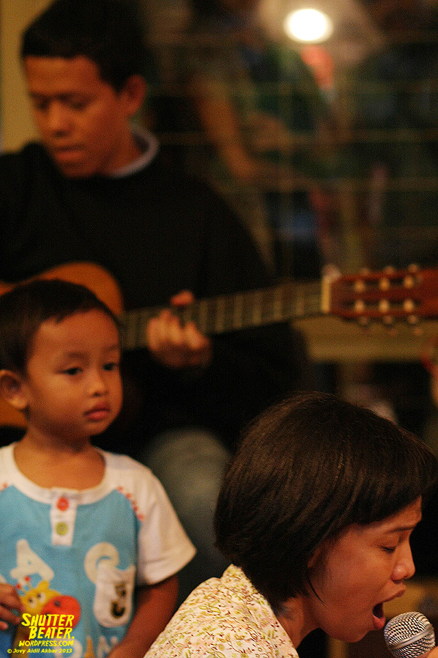 Pandai Besi live at Rukustik #5:Perayaan 10 Tahun Kineruku-28