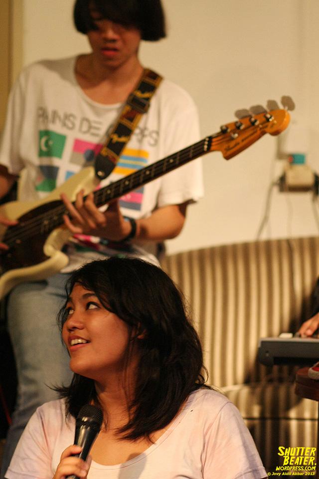 Pandai Besi live at Rukustik #5:Perayaan 10 Tahun Kineruku-29