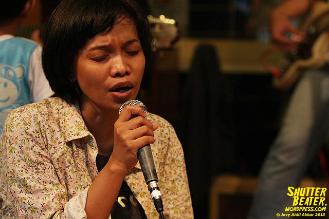 Pandai Besi live at Rukustik #5:Perayaan 10 Tahun Kineruku-36
