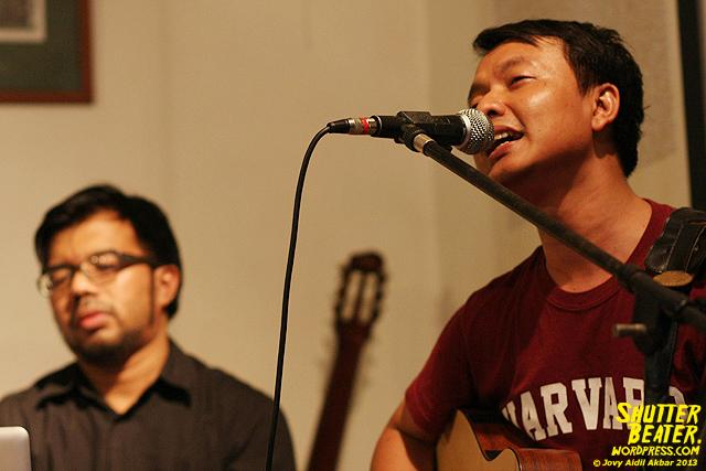 Pandai Besi live at Rukustik #5:Perayaan 10 Tahun Kineruku-37