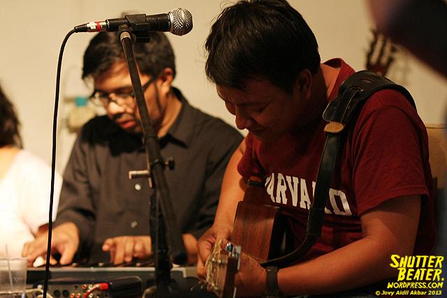 Pandai Besi live at Rukustik #5:Perayaan 10 Tahun Kineruku-40