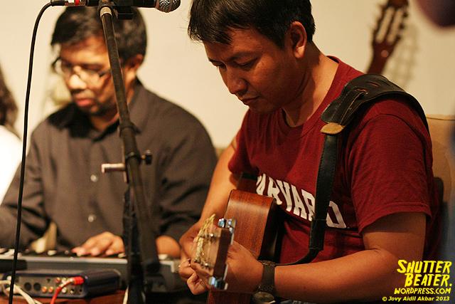 Pandai Besi live at Rukustik #5:Perayaan 10 Tahun Kineruku-42