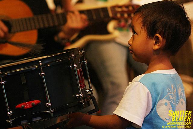 Pandai Besi live at Rukustik #5:Perayaan 10 Tahun Kineruku-56