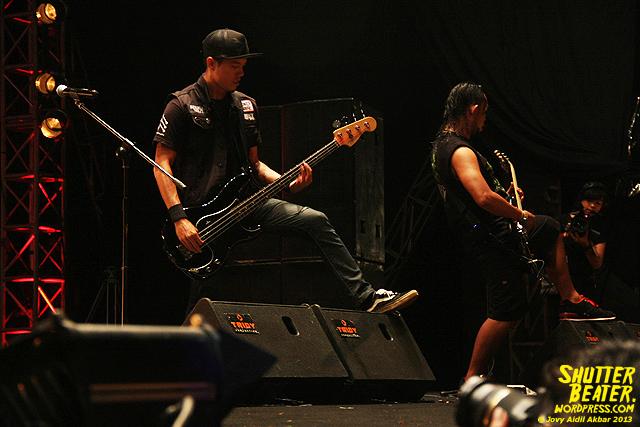 Seringai at Bandung Berisik 2013-21