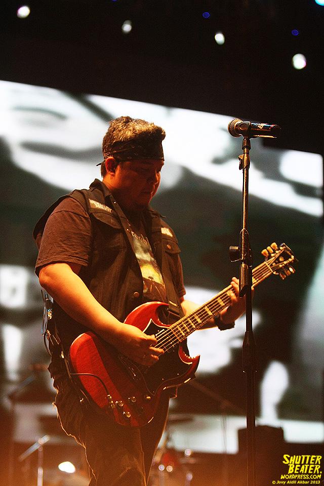 Seringai at Bandung Berisik 2013-34
