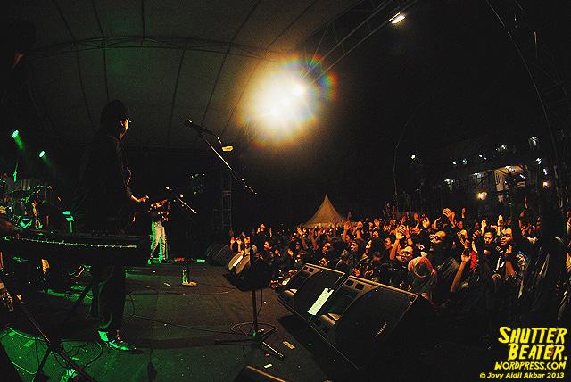 SORE at festival Arsitektur Parahyangan 2013-80