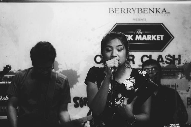 Danilla at Click Market-23